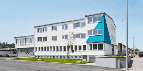 Schlüsselfertiger Umbau eines Bestandsgebäudes zu einem Bürogebäude